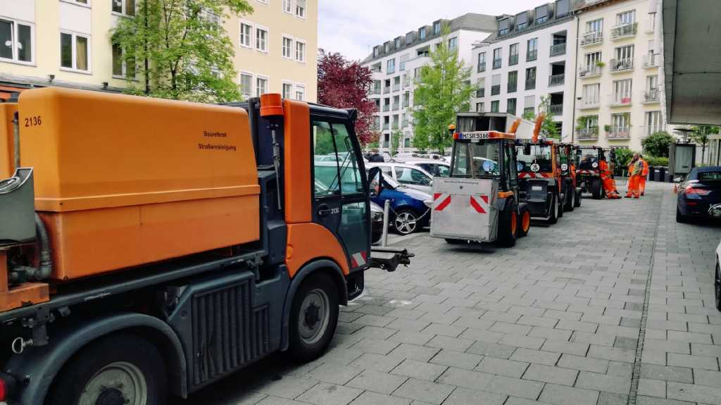 Publicorange Fahrzeugflotte der Firma |Johannes Ulrich Gehrke