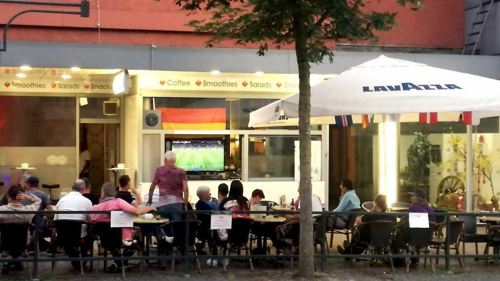 Freundschaft zwischen Kneipe & Smoothie-Bar |Johannes Ulrich Gehrke