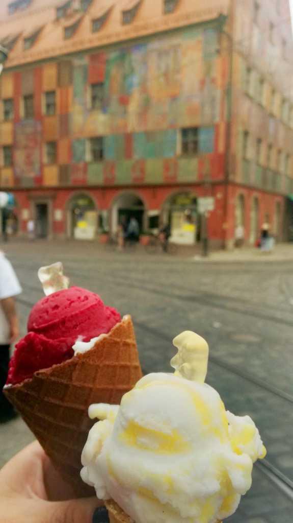 Alles gleich, nur anders, in Augsburg |Johannes Ulrich Gehrke