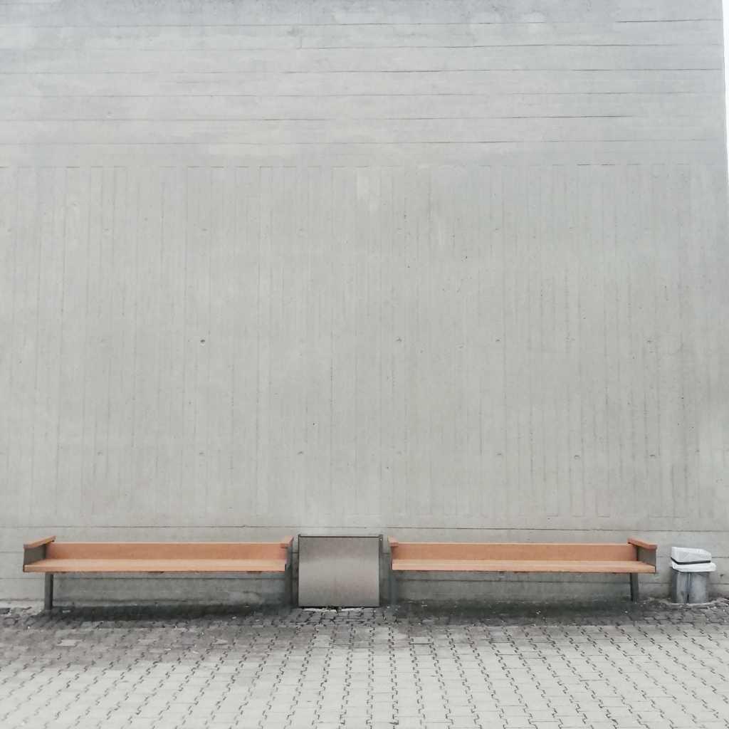 Bänke, 2×2, mit Beton oder Natur |Johannes Ulrich Gehrke