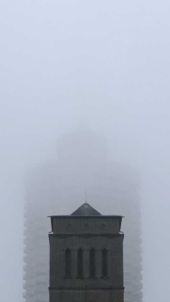 Augsburger St. Anton vor dem Hotelturm |Johannes Ulrich Gehrke